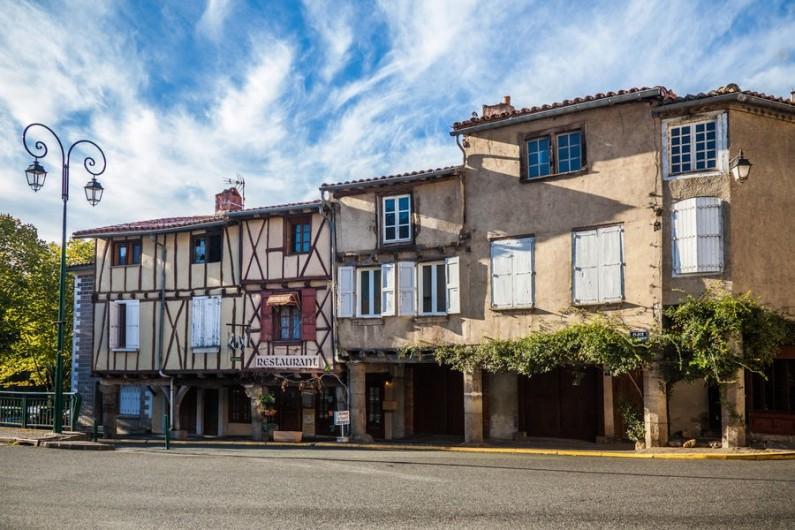 Location de vacances - Appartement à Roquecourbe - Village de Roquecourbe