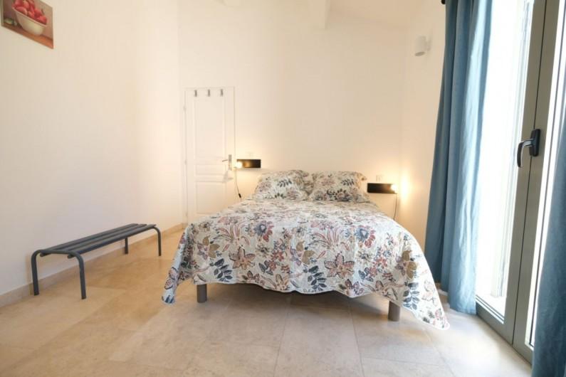 Location de vacances - Villa à Aureille - Chambre avec lit double