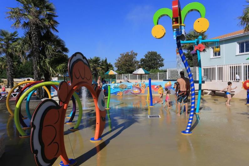 Location de vacances - Camping à Aytré - notre nouvel  espace AQUATOON pour les petits
