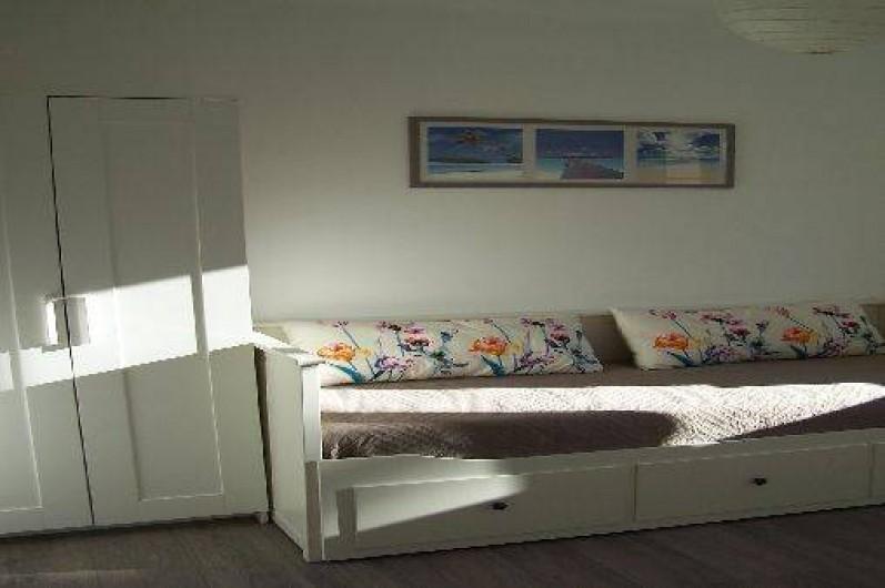 Location de vacances - Appartement à Cannes - Chambre 2 : 1 lit 80x200 convertible 160x200