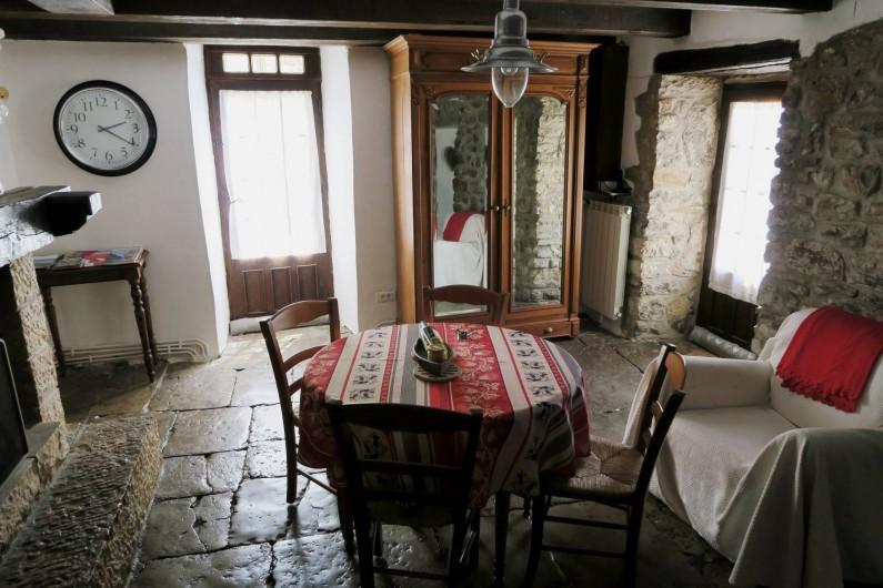 Location de vacances - Gîte à La Malène - La pièce a vivre