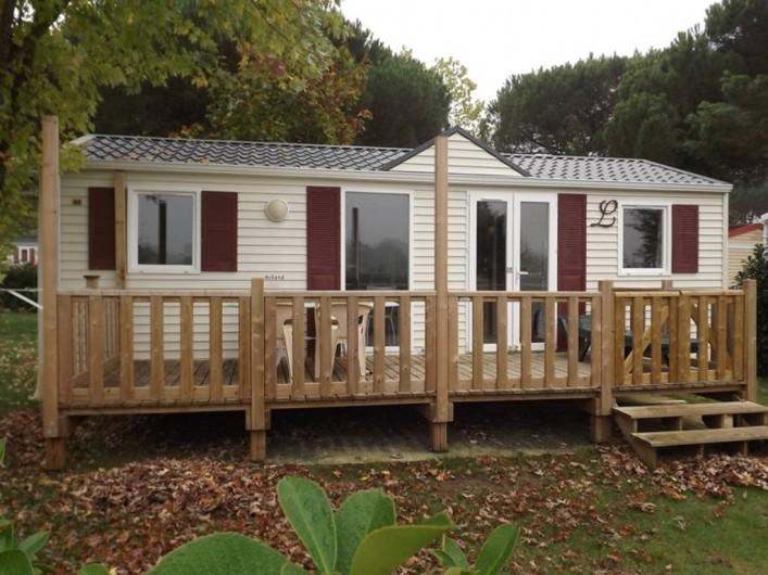 Location de vacances - Camping à Parcoul-Chenaud - Cottage 3 chambres 6 personnes