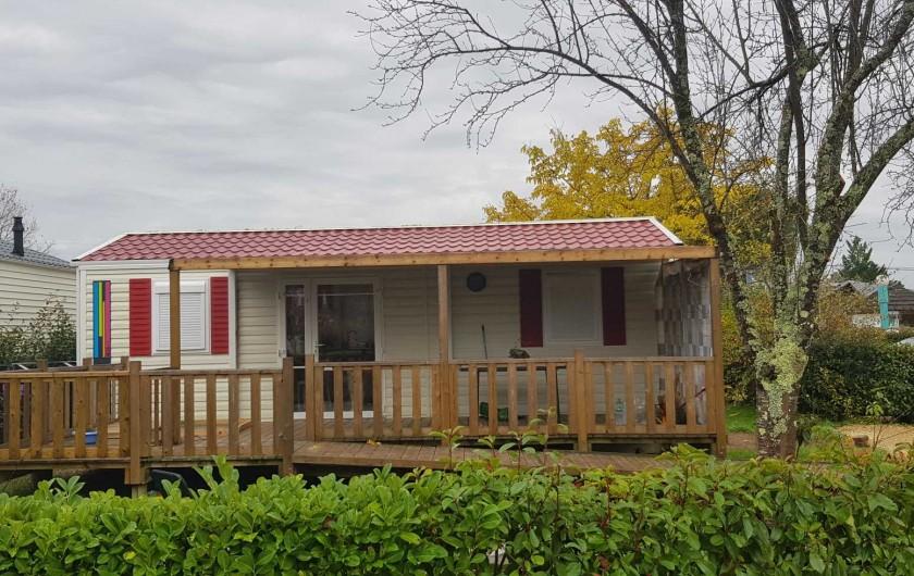 Location de vacances - Camping à Parcoul-Chenaud - Cottage Personne à Mobilité Réduite 2 chambres 4 personnes