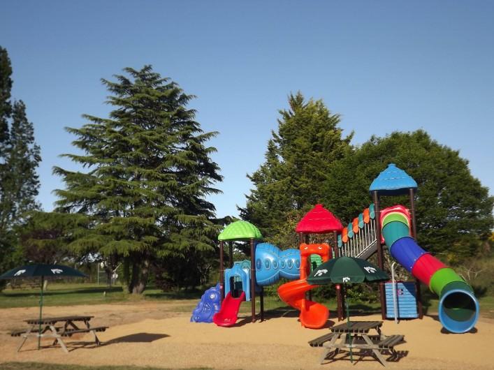 Location de vacances - Camping à Parcoul-Chenaud - Nouveau toboggan en 2019