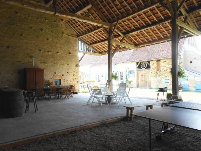 Location de vacances - Gîte à Courcelles - Auvent