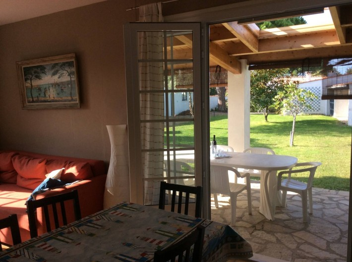 Location de vacances - Maison - Villa à Saint-Pierre-d'Oléron - Grande maison: espace -salle à manger / salon-