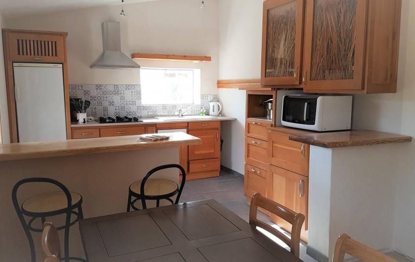 Location de vacances - Chambre d'hôtes à Sauveterre-de-Rouergue - Gîte - cuisine aménagée