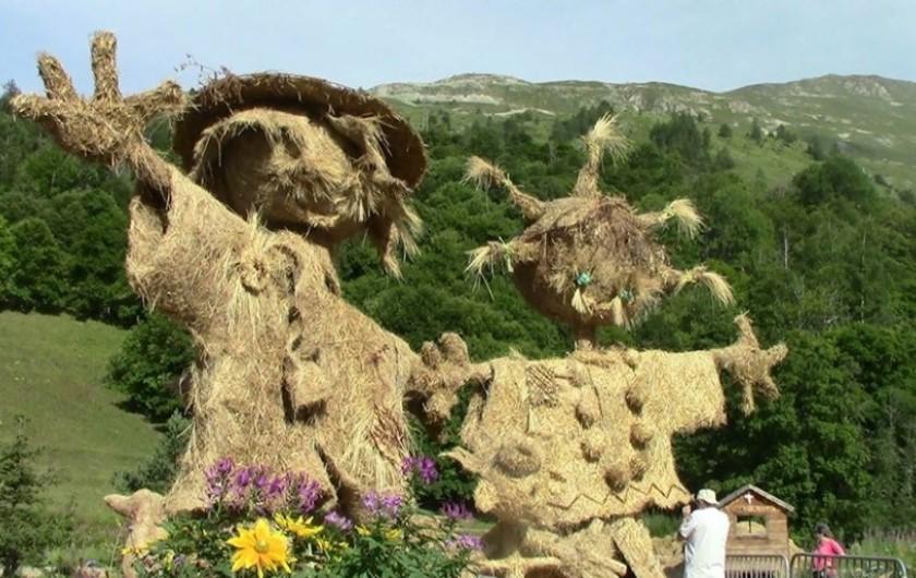 Location de vacances - Appartement à Valloire - Concours de sculptures de paille chaque juillet