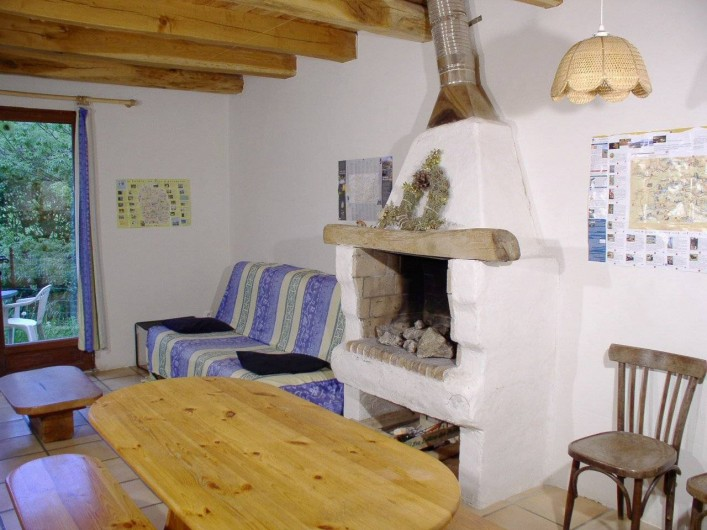 Location de vacances - Gîte à Le Pont-de-Montvert - séjour cheminée