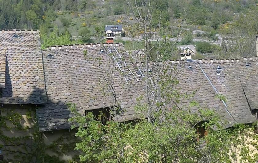 Location de vacances - Gîte à Le Pont-de-Montvert - toitures de lauzes des gites