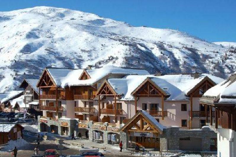 Appartement chalet des alpages valmeinier 1800 avec piscine au pied des pistes de ski savoie - Office du tourisme valmeinier 1800 ...