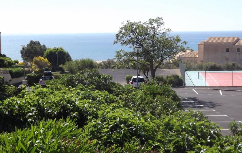 Location de vacances - Studio à Saint-Pierre la Mer - vue de la loggia