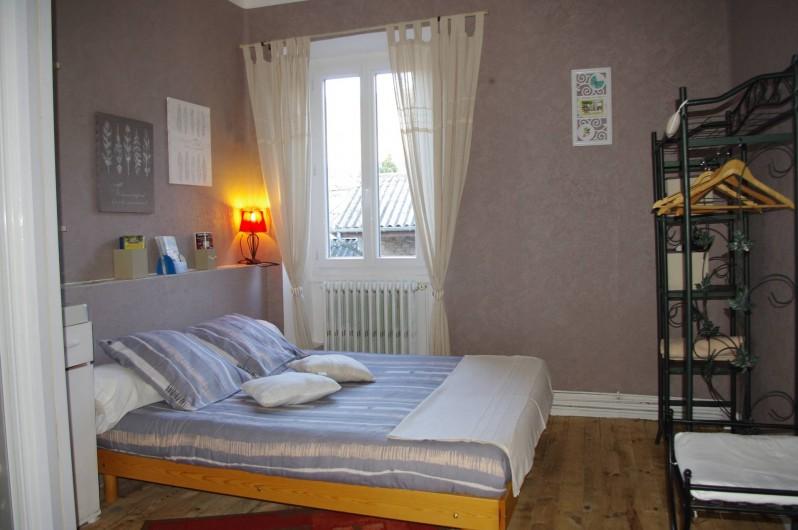 Location de vacances - Chambre d'hôtes à Saint-Étienne-du-Valdonnez - Chambre Nesse pour 1 couple à l'Auberge du Bramont St Etienne du Valdonnez