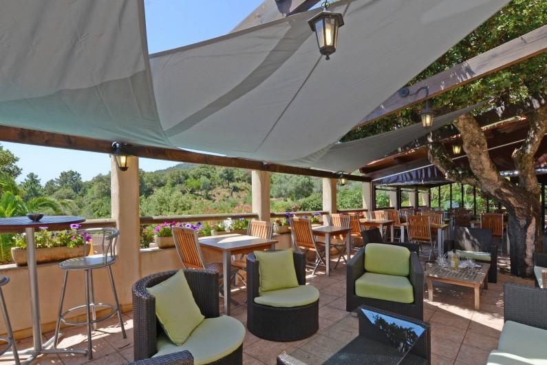 Location de vacances - Bungalow - Mobilhome à Porto-Vecchio - Terrasse bar.restaurant (espace commun)