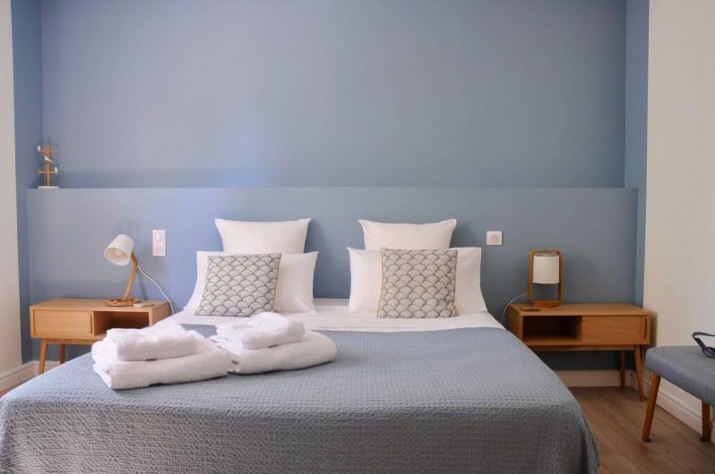 "Location de vacances - Chambre d'hôtes à Frontignan - Chambre triple ""chambre d'Yves"""