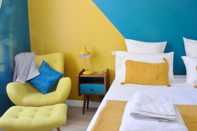 """Location de vacances - Chambre d'hôtes à Frontignan - Chambre double """"Psychedelic"""""""