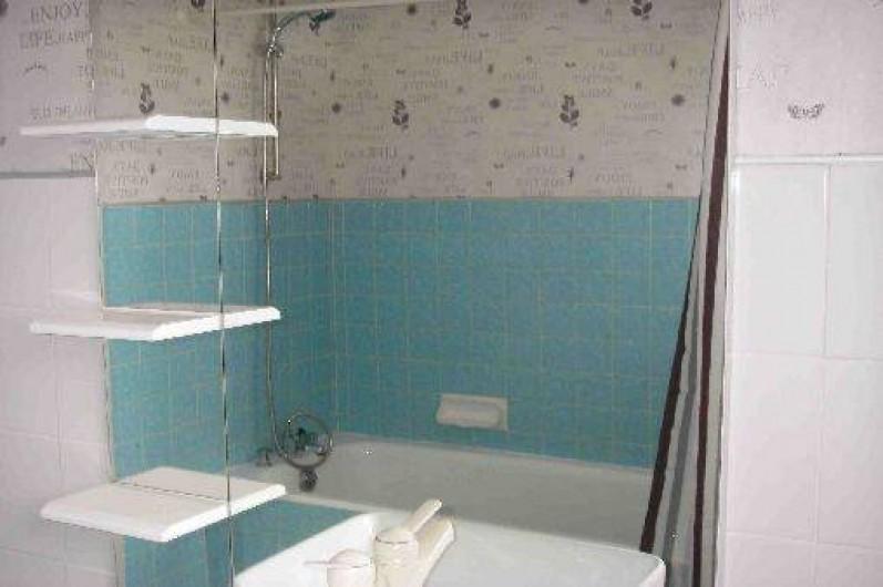 Location de vacances - Maison - Villa à Roscoff - Salle de bains du haut
