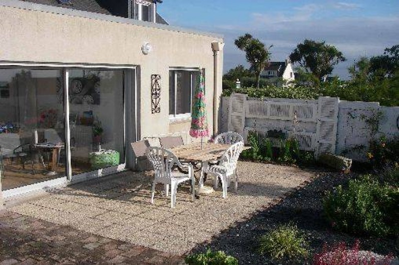 Location de vacances - Maison - Villa à Roscoff - La terrasse devant la mer