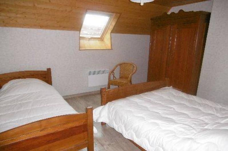 Location de vacances - Gîte à Le Claux - Chambre 2 - Étage