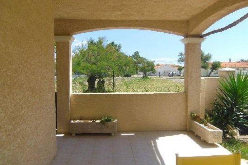 Location de vacances - Villa à Frontignan - Vue depuis la terrasse sur le centre aéré
