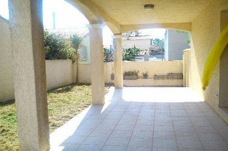 Location de vacances - Villa à Frontignan - Terrasse sans meuble