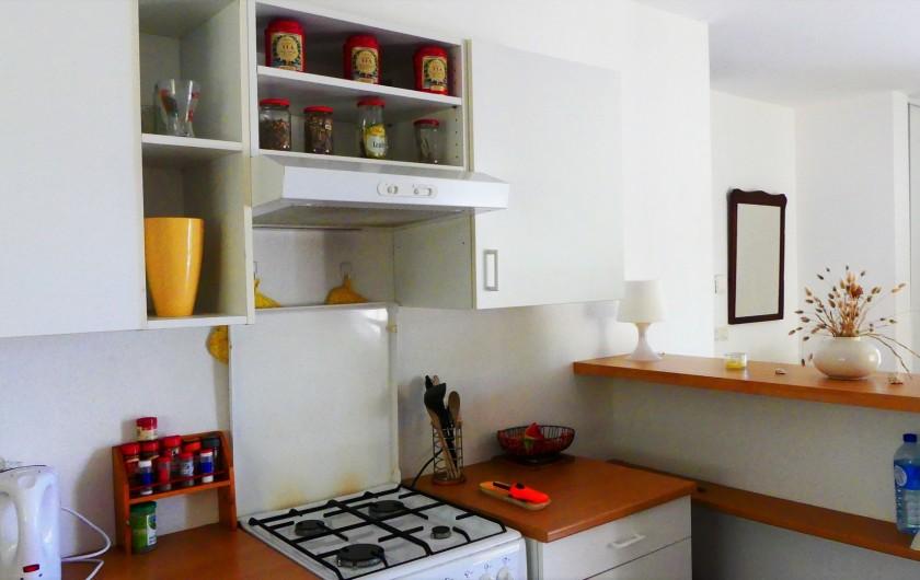 Location de vacances - Villa à Frontignan - Coin cuisson cuisine ouverte