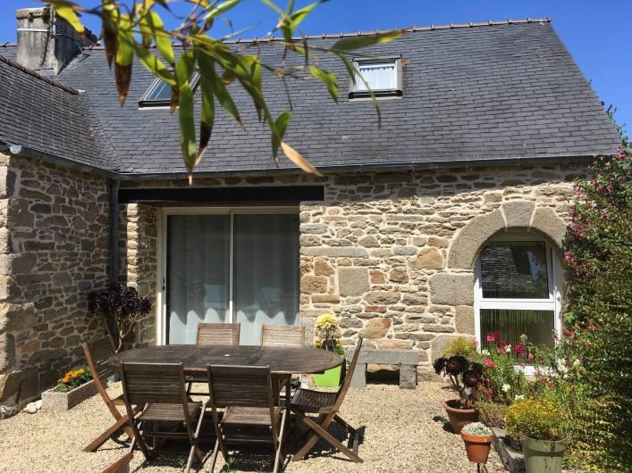 Location de vacances - Maison - Villa à Roscoff - Vue sud du Gîte 1 - Salon