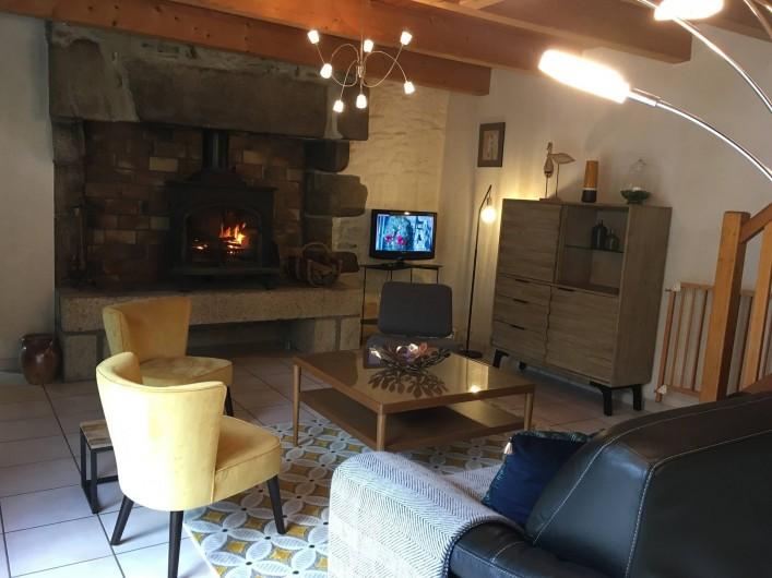 Location de vacances - Maison - Villa à Roscoff - Salon avec cheminée