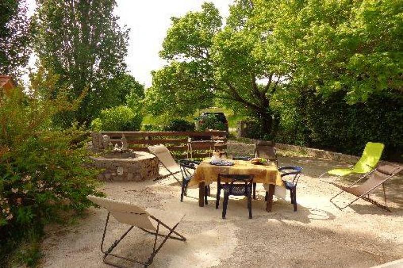 Location de vacances - Gîte à Plan-de-Baix - La terrasse