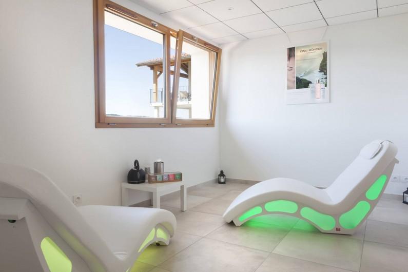 Location de vacances - Appartement à Malbuisson - Salle de repos avec sièges chauffants