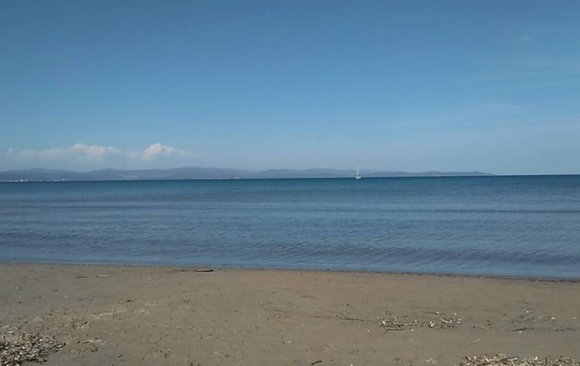Location de vacances - Appartement à Hyères - plage à 100 metres