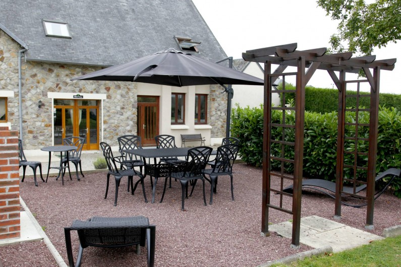 Location de vacances - Gîte à Sainteny - un patio