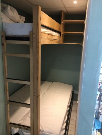 Location de vacances - Appartement à Chamrousse - COIN NUIT 2