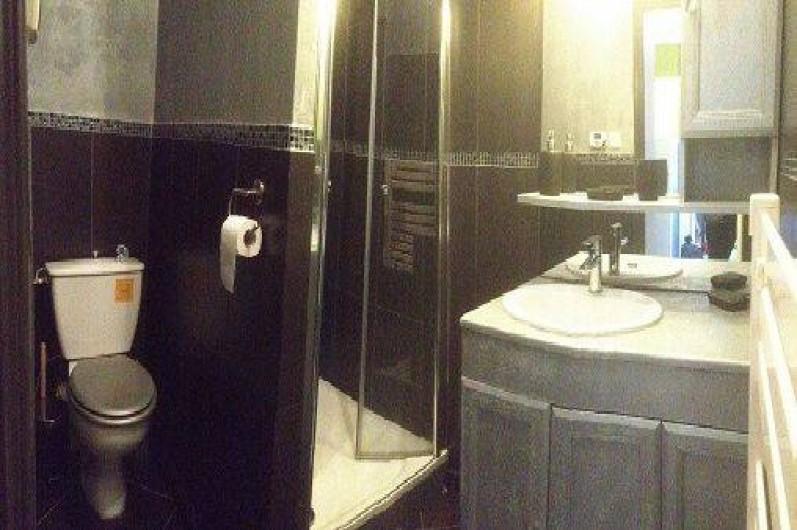 Location de vacances - Appartement à Arcachon - salle d'eau