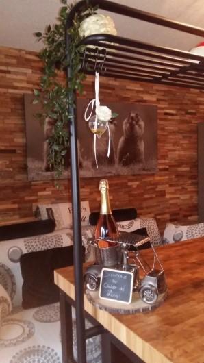 Location de vacances - Studio à Morzine - ilot central roulant