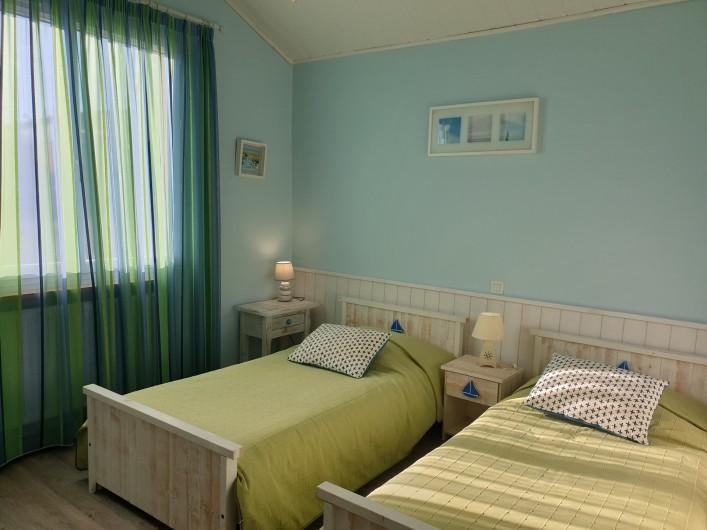 Location de vacances - Gîte à Lafrançaise - Une grande et belle terrasse, repas en famille et détente.