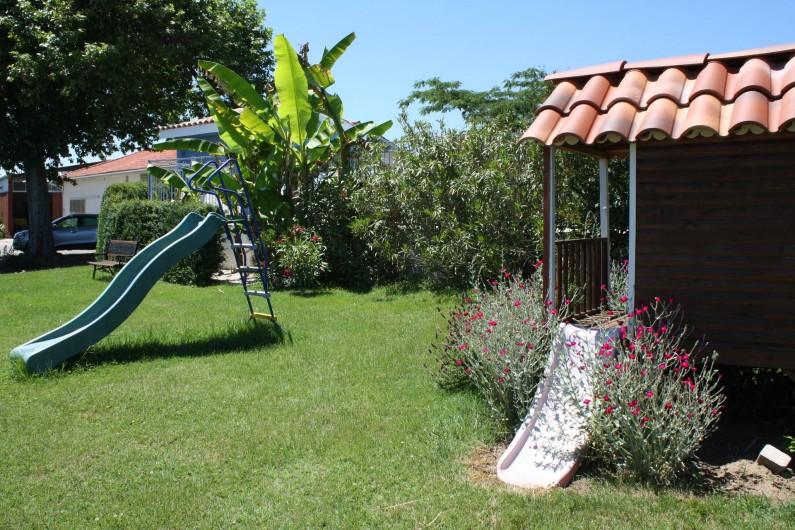 Location de vacances - Gîte à Lafrançaise - Le jardin pour les enfants