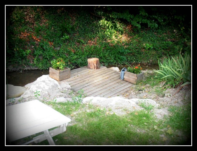 Location de vacances - Gîte à Marsanne - gite lorette scoot nomad location vacances tourisme marsanne