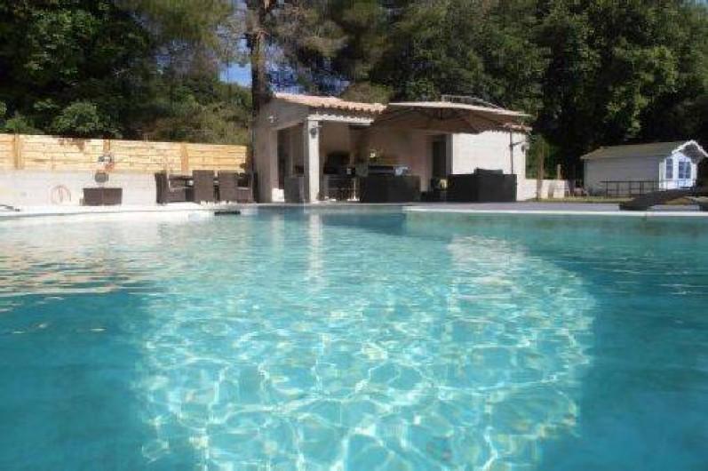 Belle maison moderne avec piscine chauffée à 5 min de Cannes sur la ...