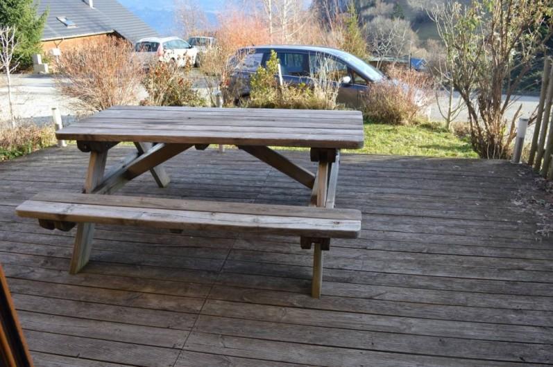 Location de vacances - Chalet à Saint-Hilaire - Terrasse barbecue