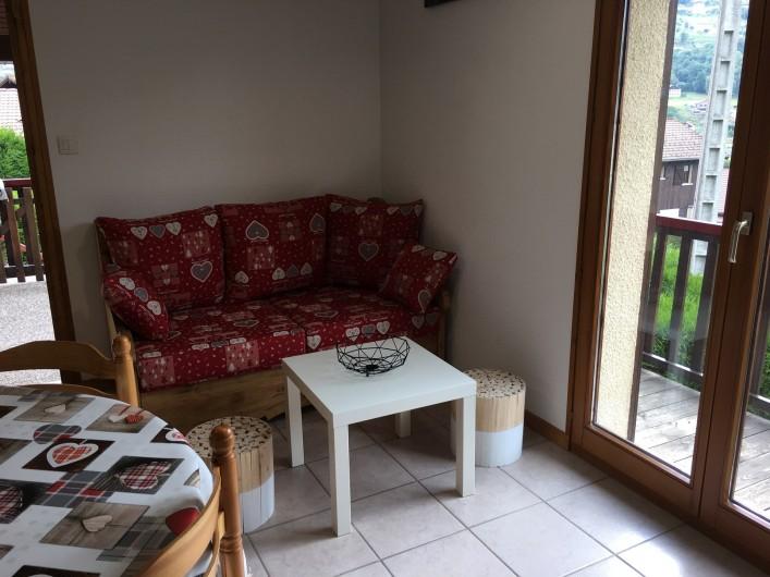 Location de vacances - Chalet à La Bresse - coin salon sejour