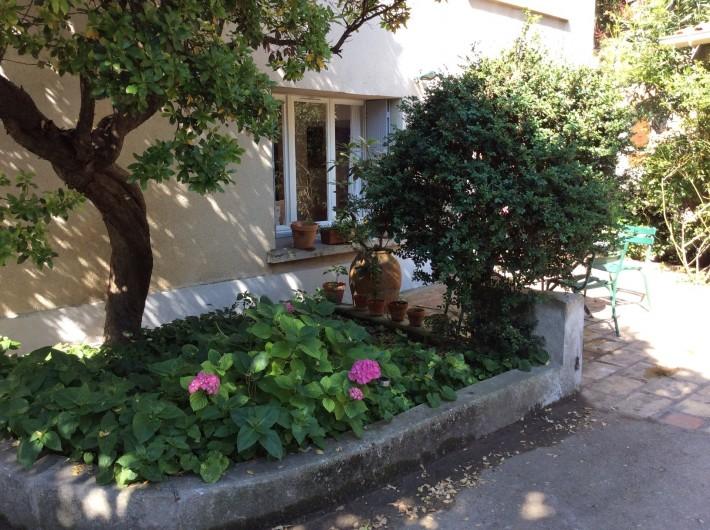 Location de vacances - Appartement à Nîmes - maison