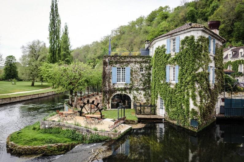 Location de vacances - Hôtel - Auberge à Brantôme - Moulin extérieur