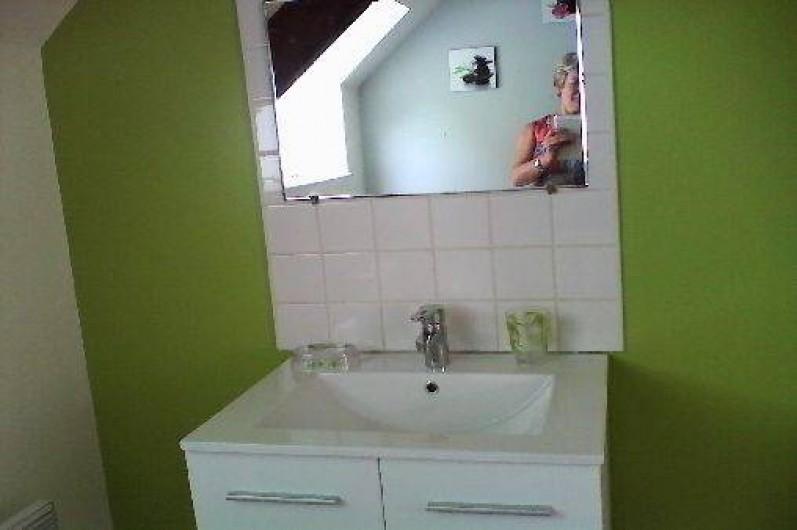 Location de vacances - Gîte à Lannion - Salle de bain