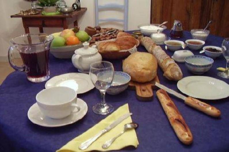 Location de vacances - Chambre d'hôtes à Velluire - Petit déjeuner