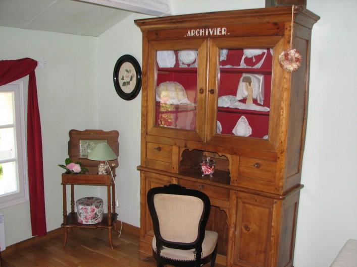 """Location de vacances - Chambre d'hôtes à Velluire - Chambre d'enfant """"Au temps jadis"""""""
