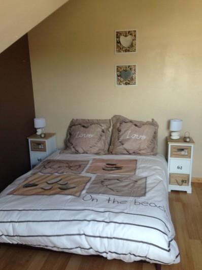 Location de vacances - Villa à Plouhinec - Chambre étage lit 140
