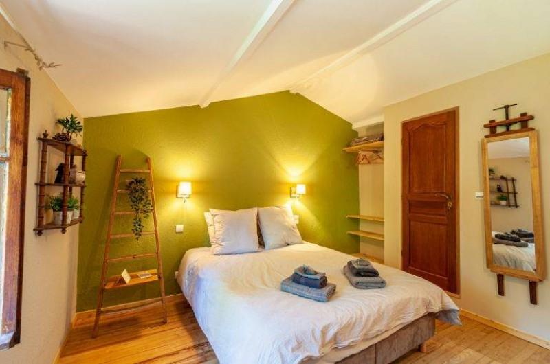 Location de vacances - Chambre d'hôtes à Saint-Césaire-de-Gauzignan - Chambre les  Oliviers