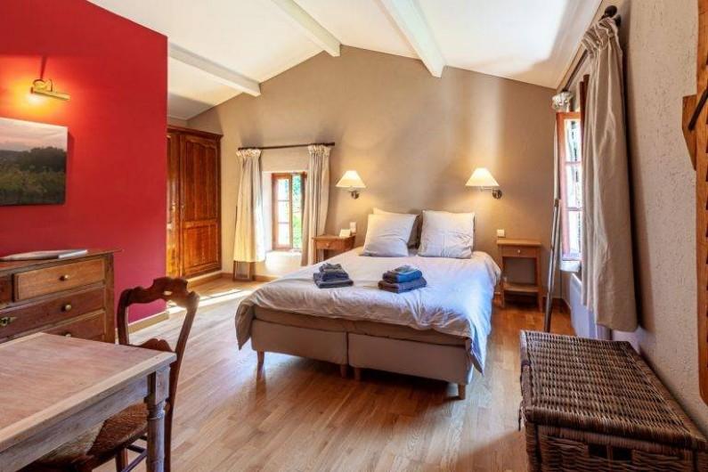 Location de vacances - Chambre d'hôtes à Saint-Césaire-de-Gauzignan - Chambre les  Vignes