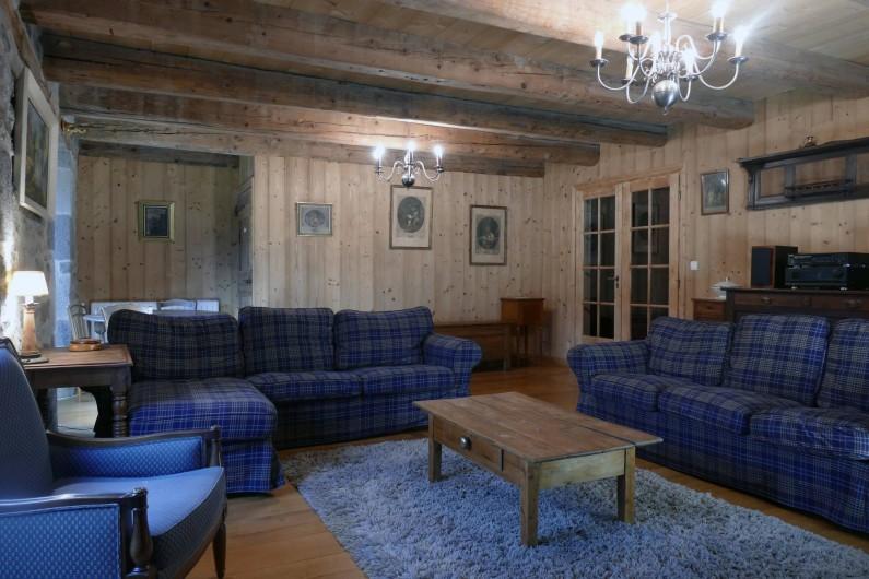 Location de vacances - Mas à Lavigerie - Le salon (1er étage)